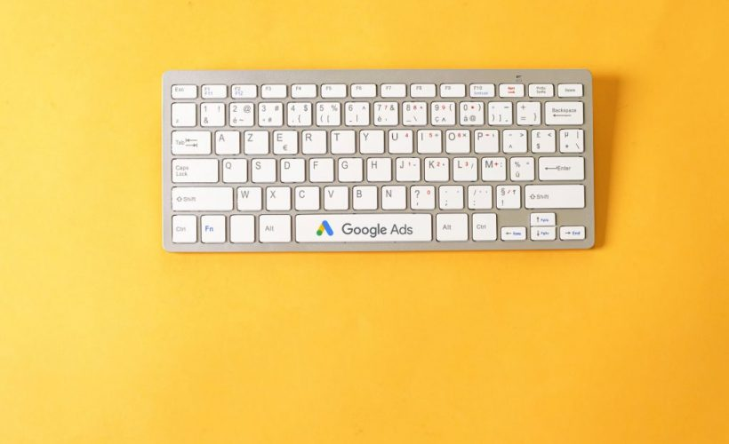 Clavier Mac d'une agence Google Adwords